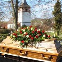 Modellreihe Ignatia Eiche dunkel für Bestattungen auf allen Friedhöfen